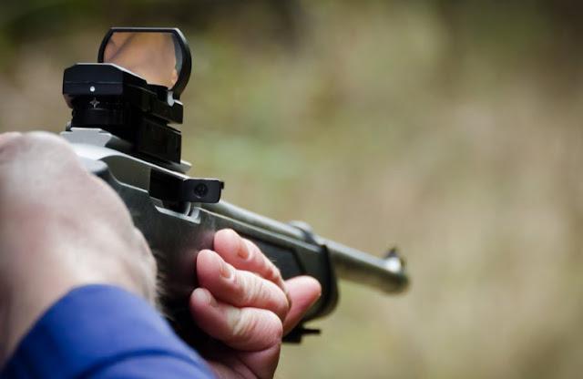 Τα απαιτούμενα δικαιολογητικά που χρειάζονται για την Έκδοση Αδείας Κατοχής Κυνηγετικών Όπλων
