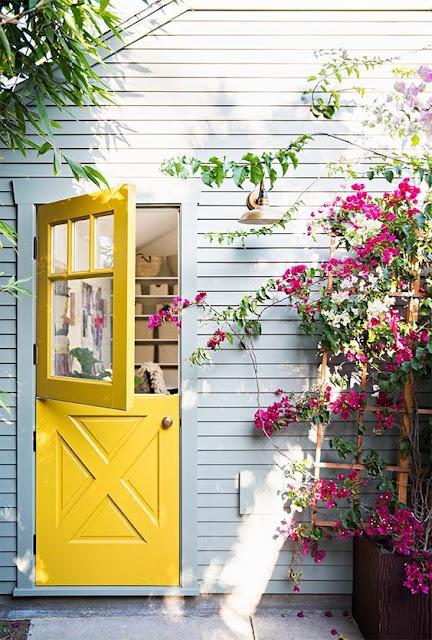 porta-holandesa-amarela-duas-folhas
