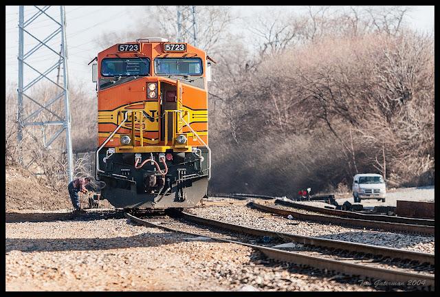 BNSF 5723 - Crew Change - Hannibal Subdivision - St. Louis