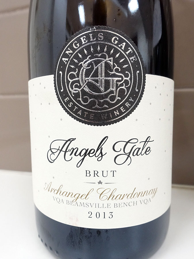 Angels Gate Archangel Brut Chardonnay 2013 (90 pts)