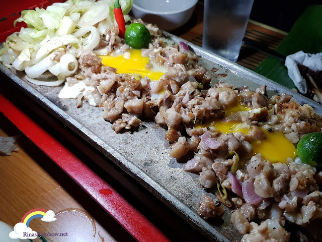 Isdaan Floating Restaurant, sisig