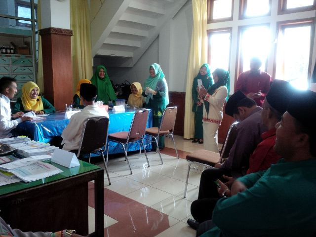 Petugas Klinik Setdakab Aceh Tengah Periksa Kesehatan ASN