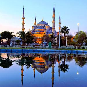 Anggunnya Blue Mosque