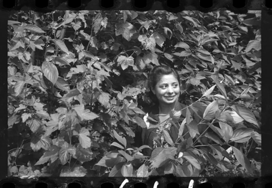 These 32 Pictures Had Been Buried For Years. The Reason Is Heart-Breaking - 1940-1944: Young Girl Among The Greenery