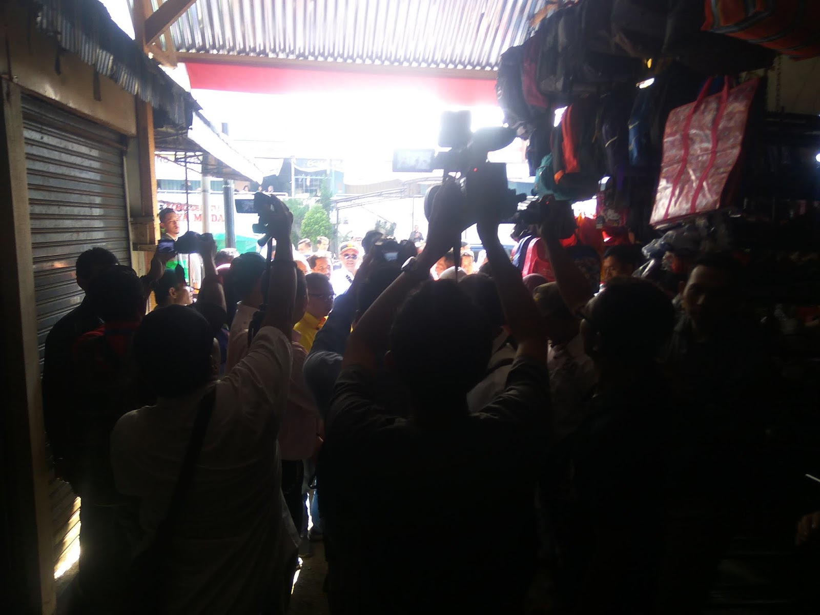 Ketua Umum APPSI Di Curhati Pedagang Pasar Induk Wonosobo