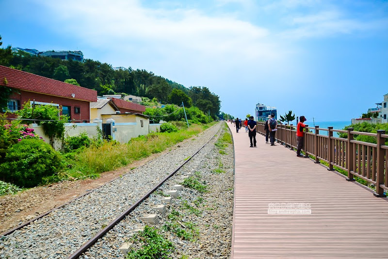 mipo-railway-2.jpg