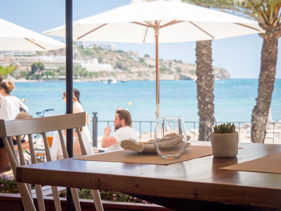 Voyage: Ou manger a Ibiza, All Bistro