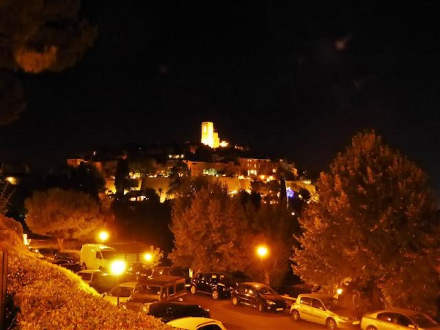 St Paul de Vence de noche