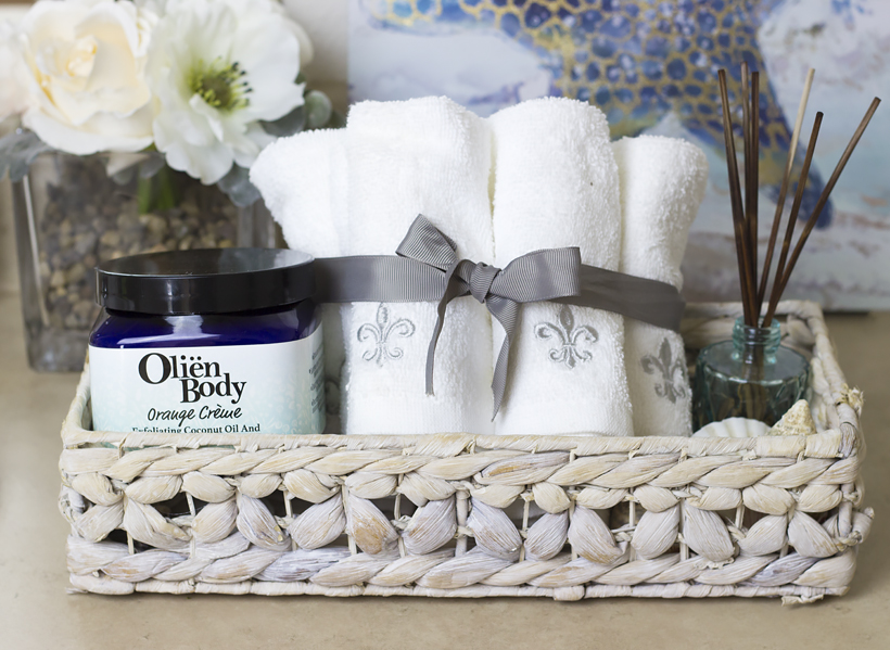The Ultimate Body Care Multitasker: Spring Skin Pampering with Olien Body Sugar Scrub!