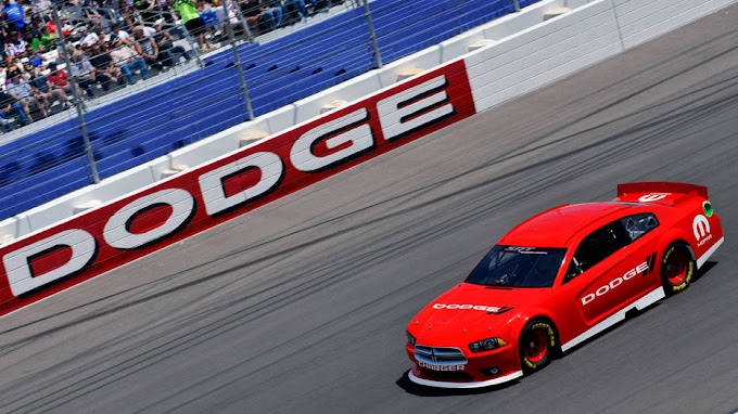 Dos fabricantes negocian su entrada en la NASCAR