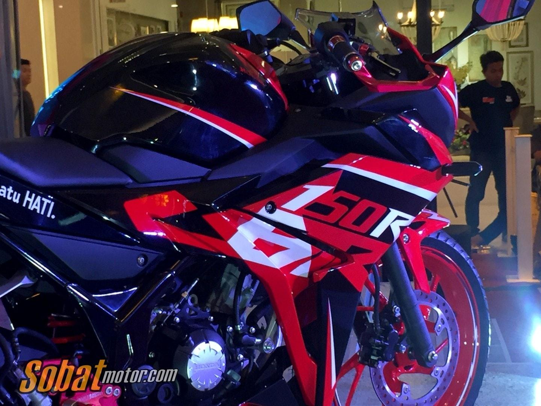 Intip beberapa detail All New CBR150R Special Edition custom yang dilelang di acara Honda Sport Motor Show 2017 dikota Medan
