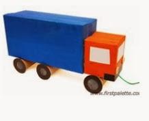 http://www.todomanualidades.net/2012/05/como-hacer-camion-autobus-con-cajas/