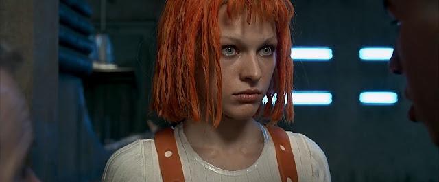 Leeloo (Milla Jovovich) dans Le Cinquième élément de Luc Besson (1997)