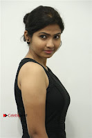 Palli Paruvathile Movie Press Meet  0007.jpg