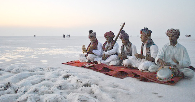 Kutch - To Enjoy The Best Festival of Gujrat - Rann of Kutch