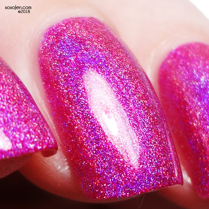 xoxoJen's swatch of KBShimmer Wander-ful World