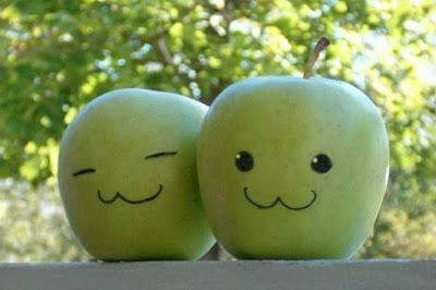 Два яблока. Умножение на ноль как понять. Математика для блондинок.
