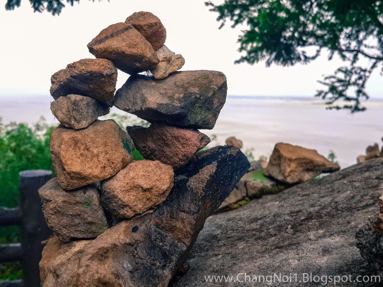 Stones in balance - Thailand