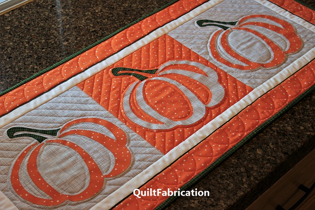 Pumpkin applique runner closeup