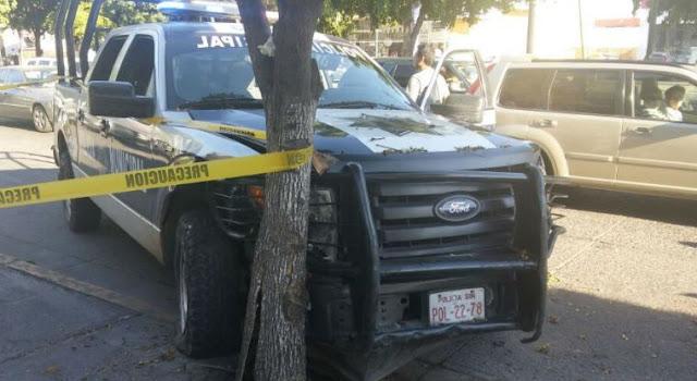 TERRIBLE BALACERA PARA EL TRÁFICO EN CULIACÁN:Tras la persecución todos chocaron pero los delincuentes se bajaron corriendo y disparando