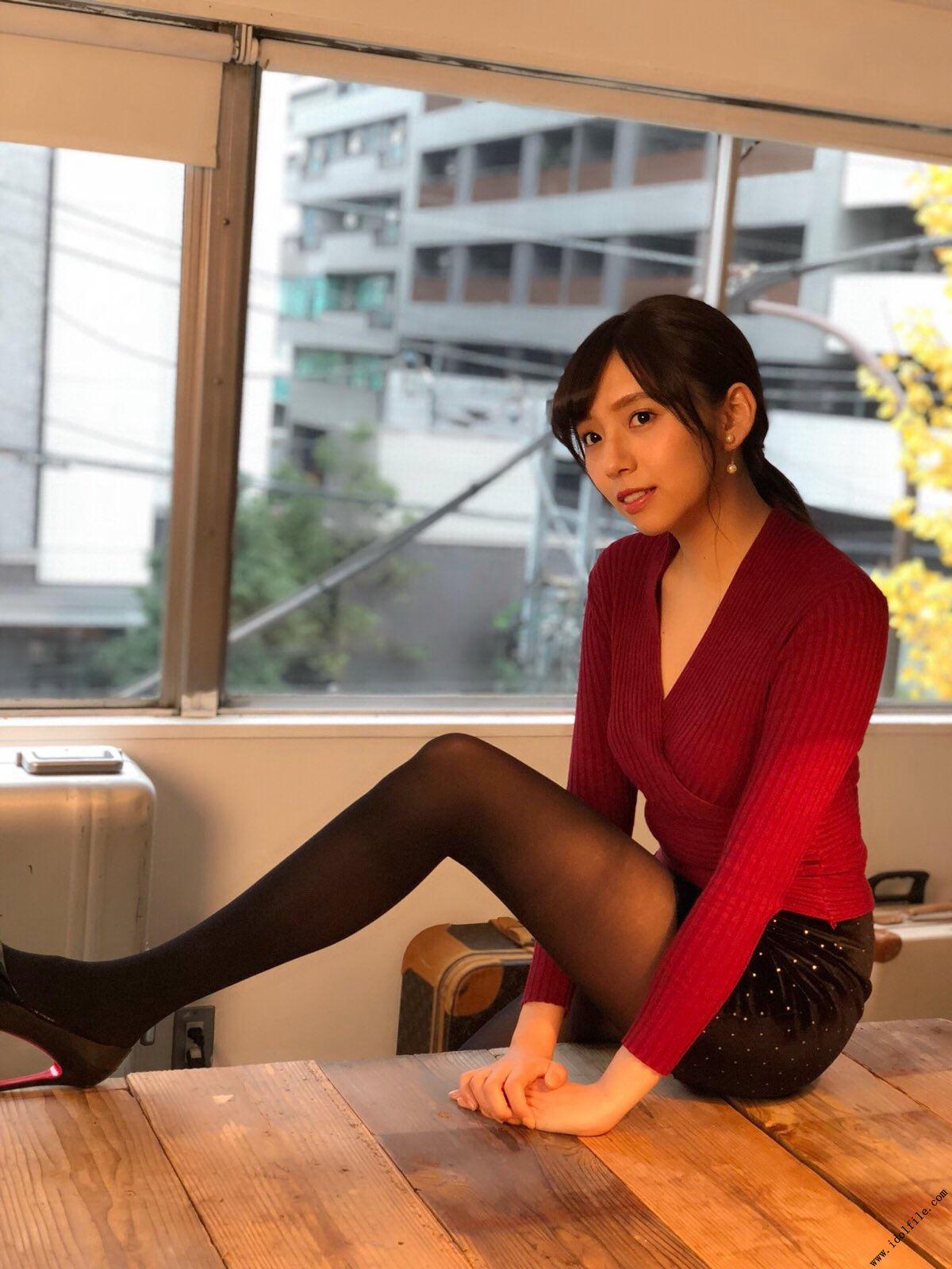 Shinuchi Mai 新内眞衣, UTB 2018 No.02 vol.262 (アップトゥボーイ 2018年02月号)