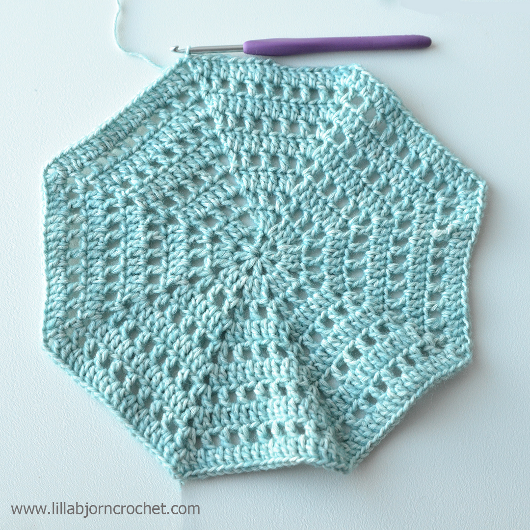 crochet octagon - free pattern by www.lillabjorncrochet.com