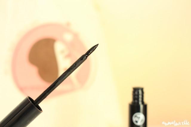 eye liner extra black w7