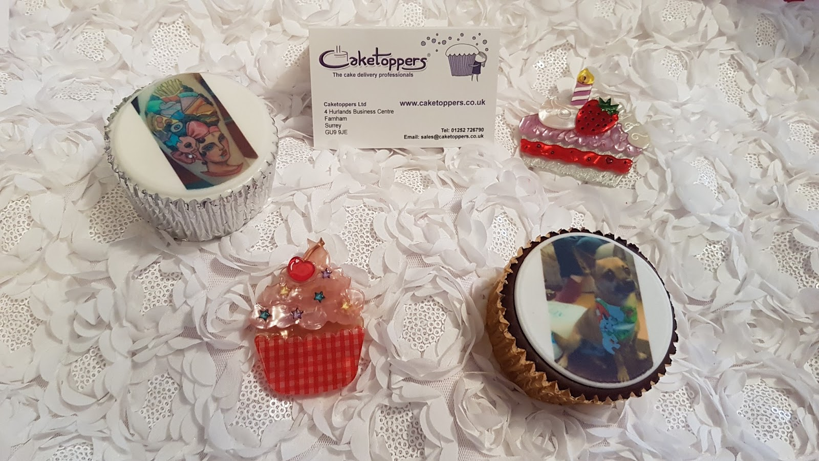 Cake Toppers Uk Next Day Delivery : Caketoppers Photo Cupcakes - Does My Blog Make Me Look Fat?