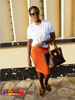 FashionDRA | How to : 03 sure fire ways to style a White tee