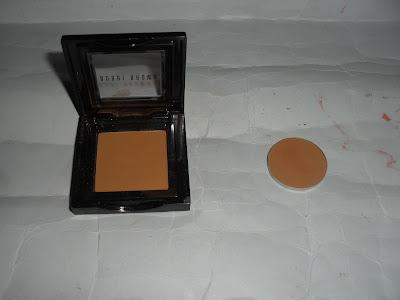 Imagen Sombra Camel de Bobbi Brow y Caramel de Nabla Cosmetics