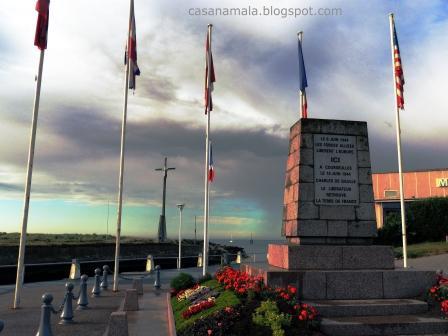 Monumento em Courselles-sur-Mer - Praia Dia D