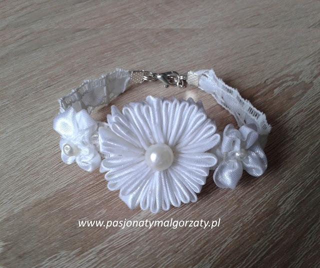 bransoletka wstążka biała kwiatek