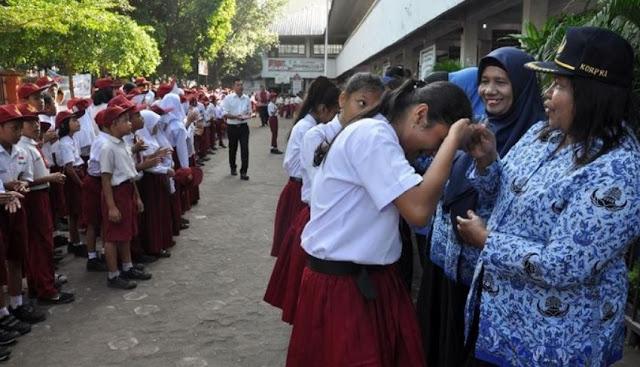 Karena Luar Biasa Penting, Pendidikan Karakter Dimulai dari Guru