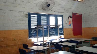 Escola em Chapadinha arrombada e saqueada por falta de vigias (1)
