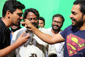 Karthi B'Day Celebration At Kashmora Shooting Spot-thumbnail-6