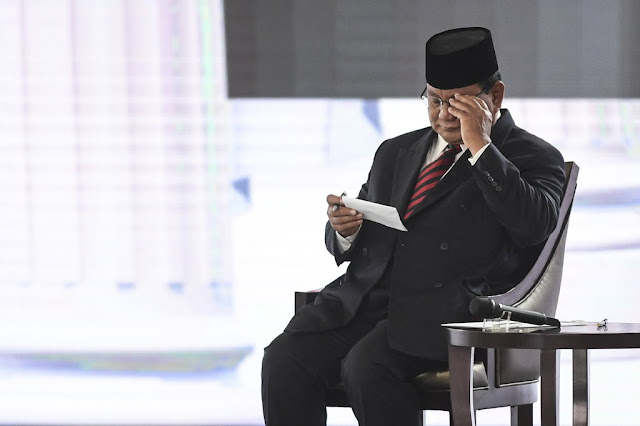 Prabowo: Teknologi Informatika Penting, tapi Tak Perlu Banyak Kartu