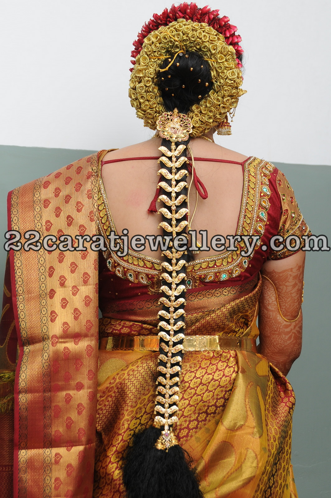 gold jada 220 grams jewellery designs