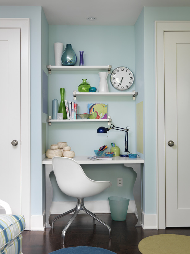 Modern Furniture: Small Home Office Design Ideas 2012 From HGTV
