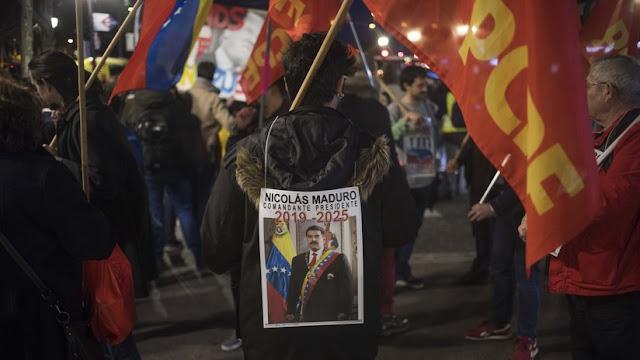 Manifestantes en Madrid marchan en apoyo a Maduro y en repudio a la injerencia de EE.UU.