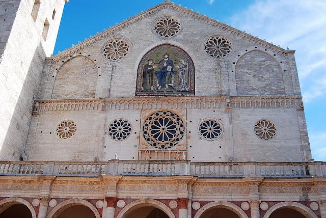 façade cathédrale de Spolète