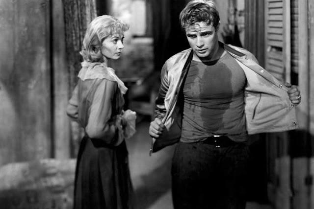 """Cena de """"Um Bonde Chamado Desejo"""", com Vivien Leigh e Marlon Brando"""