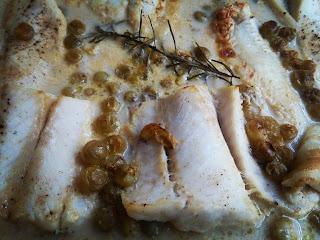 Filety z dorsza w sosie winogrnowym