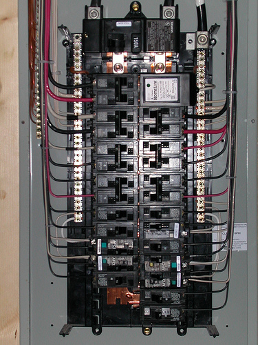 house panel and service upgrade house electrician in windsor rh houseelectricianwindsorontario blogspot com Wiring 30 Amp Fuse Box House Breaker Box Wiring