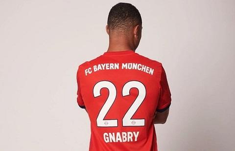 Serge Gnabry mặc áo số 22 ở Bayern Munich