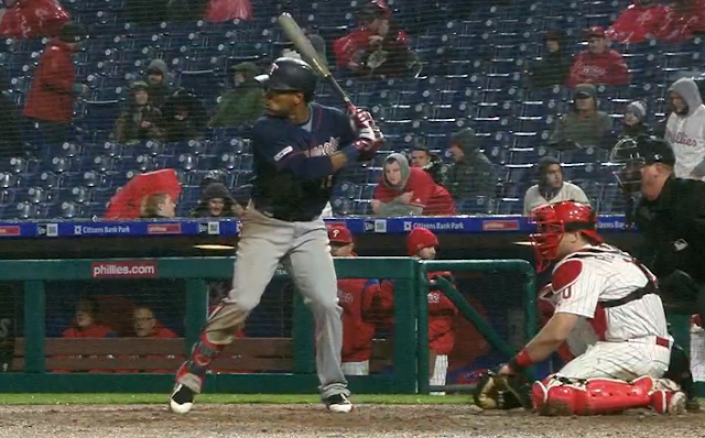 Jorge Polanco hits for the cycle