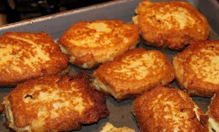 Old Fashioned Salmon Patties