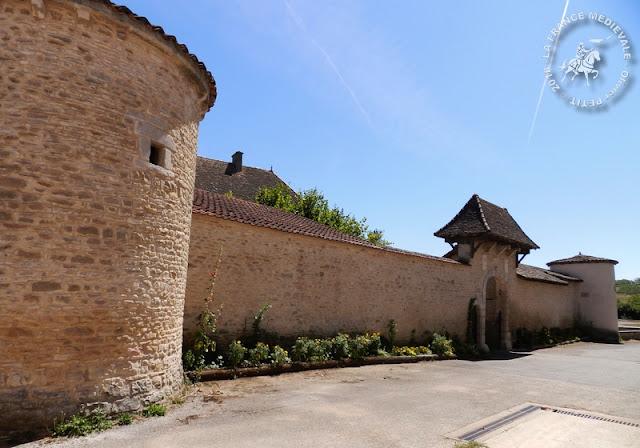 CHARDONNAY (71) - Château (XVe siècle)