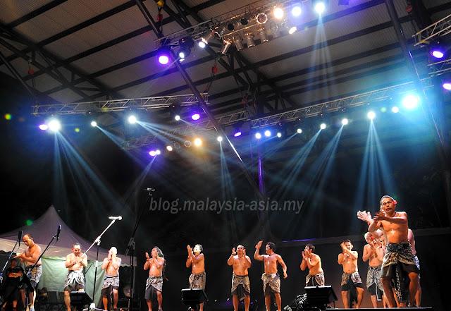 Kobagi Kecak from Bali in Sarawak