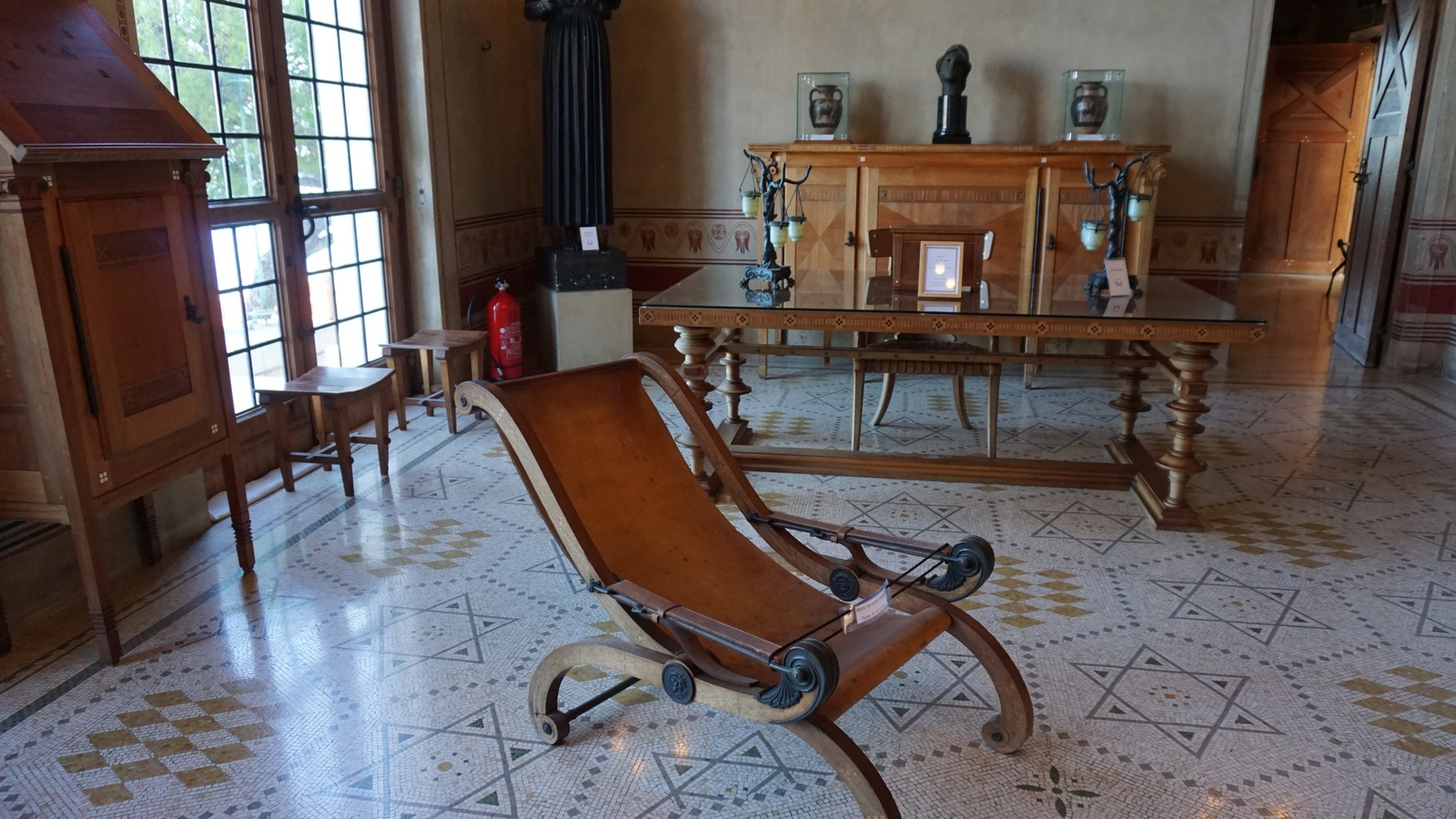 Library in Villa Kerylos