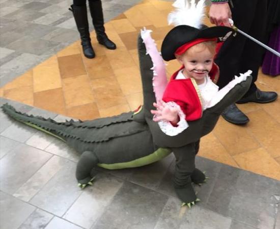 Fantasias Halloween - Engolido por Jacaré